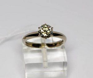 Sužadėtuvių žiedas Nr.41 (iš raudono aukso, su geltonuoju topazu)