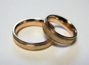 Vestuviniai žiedai Nr.46 (iš raudono aukso, matiniai, blizgiu kraštu)