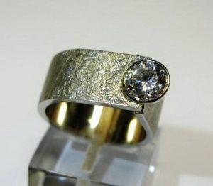 Sužadėtuvių žiedas Nr.50 (platus, iš platinos, su akvamarinu)