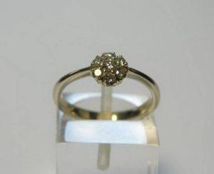Sužadėtuvių žiedas Nr.64 (iš balto, geltono arba raudono aukso, su briliantais)