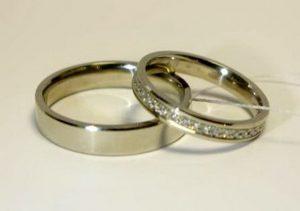Vestuviniai žiedai Nr.77 (iš balto, geltono arba raudono aukso, mot.-su briliantais)