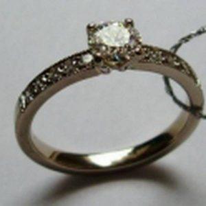 Sužadėtuvių žiedas Nr.8 (iš balto, raudono arba geltono aukso, puoštas brangakmeniais)