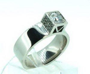 Sužadėtuvių žiedas Nr.90 (modernus, iš platinos arba balto aukso, su briliantu)