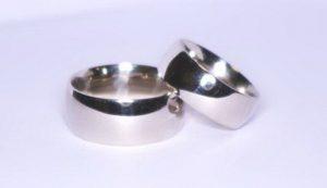 Vestuviniai žiedai Nr.96 (klasikiniai, platūs, iš raudono aukso)
